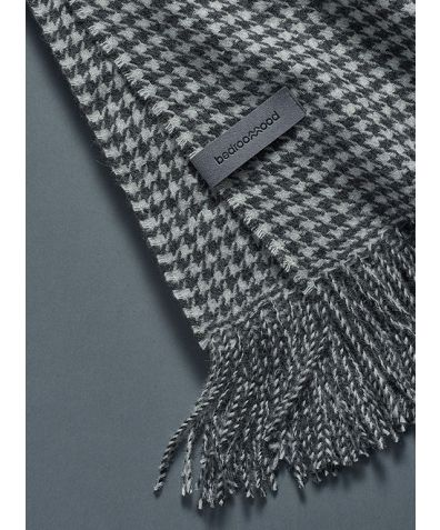 Alpaca Throw (Houndstooth Weave) - White & Grey